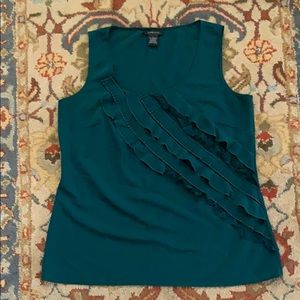 Spense large sleeveless ruffled top in green